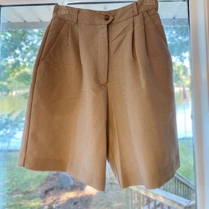Women's Size 4 Golf Shorts
